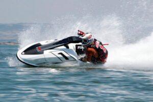 assurance jet ski