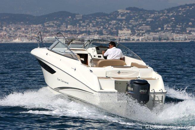 cap camarat dc cm nautisme assurez votre bateau en ligne. Black Bedroom Furniture Sets. Home Design Ideas